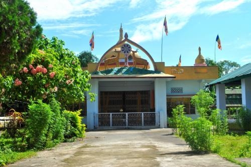Tai phakey buddhist temple